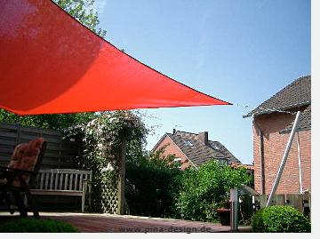 Erstes Sonnensegel von Soliday in Sendenhorst montiert