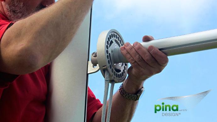 Sonnensegel in aufrollbar montiert vom Fachmann Pina Design