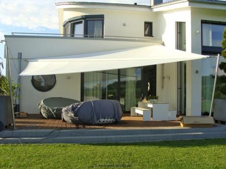 sonnensegel elektrisch aufrollbar magisches flair. Black Bedroom Furniture Sets. Home Design Ideas