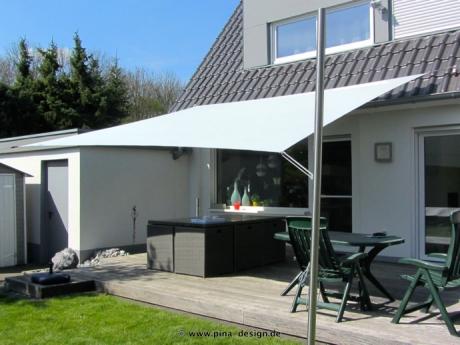 sonnensegel feststehend massgefertigt h henverstellbar langlebig pina design. Black Bedroom Furniture Sets. Home Design Ideas