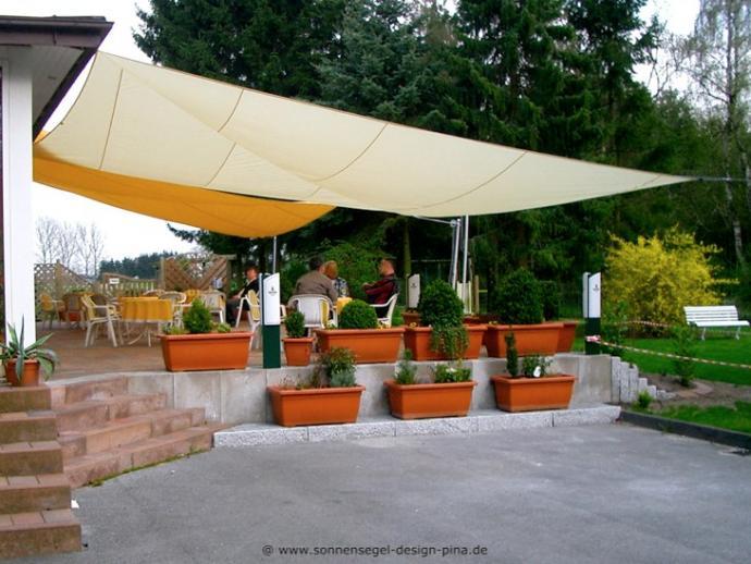 Paderborn II. Sonnensegel Gastronomieterrasse