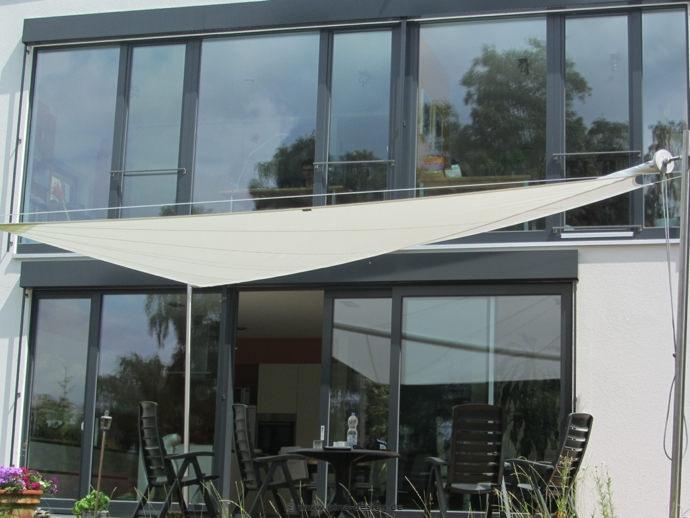 terrassen sonnensegel affordable sonnensegel dreieck xxm. Black Bedroom Furniture Sets. Home Design Ideas