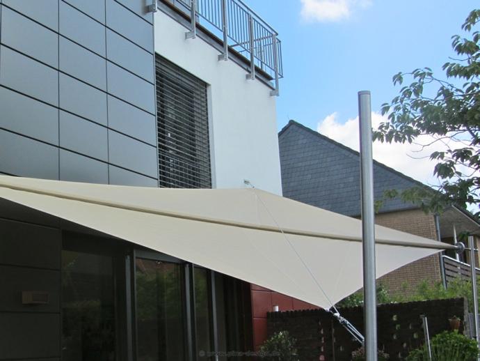 sonnensegel automatisch aufrollbar preise cool sonnensegel elektrisch aufrollbar als regen und. Black Bedroom Furniture Sets. Home Design Ideas