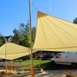 2 Sonnensegel manuell Wipperfürth 4M in elfenbein über einzelne Spielplätze