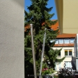 Sonnensegel-Markise elektrisch Lippstadt 2M II. in elfenbein über einen Balkon