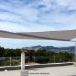 Sonnensegel - elektrisch - auf Mallorca über Dachterrasse mit Meerblick